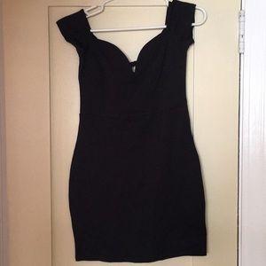 7883b8e79b2 UO Kimchi Blue Julia Off Shoulder Fitted Dress NWT